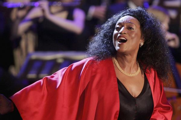 """Jessye Norman performs at the talk and game show """"Wetten Dass . . . ?"""" April 1, 2006 in Halle, Germany.  (Sean Gallup/Getty Images)"""