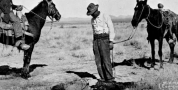 "Screenshot of a historical photo from ""Porvenir, Texas."""