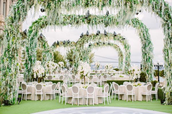 Istanbul wedding (Photo by Allan Zepeda)