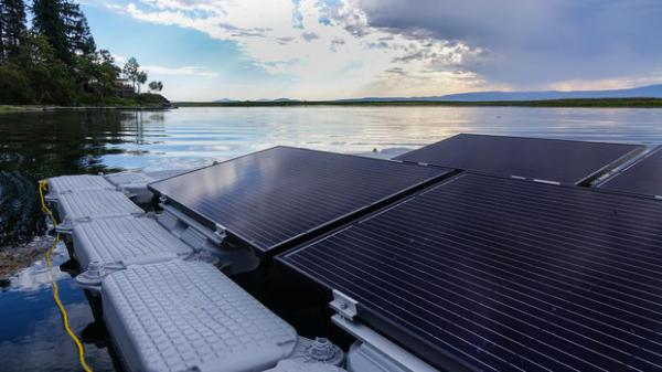 <p>OIT professor Mason Terry designed a floating solar powered aeration system to try to improve water quality for endangered suckers in Upper Klamath Lake.</p>