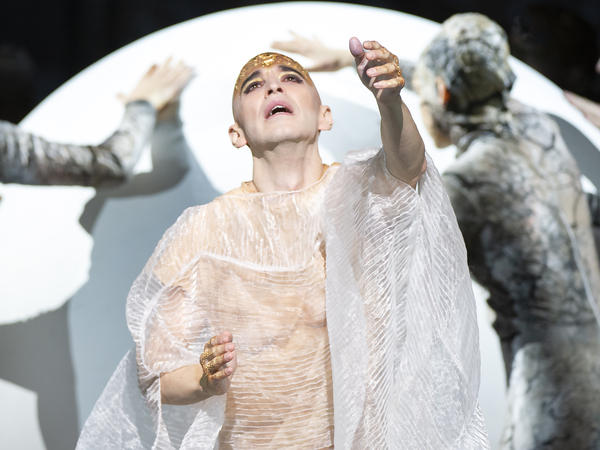 Anthony Roth Costanzo stars in the title role of the Metropolitan Opera's production of Philip Glass' <em>Akhnaten.</em>