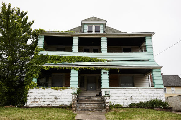 One of many abandoned homes in Cleveland's Ward 8. These Zombie Homes are a great challenge to the community's continued struggles with the housing crisis of 2008. (Paul Sobota/Here & Now)