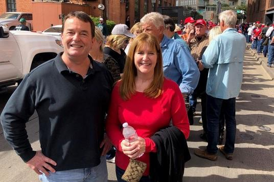 Debbie Albrecht and Scott McCreight came from Plano for the rally.