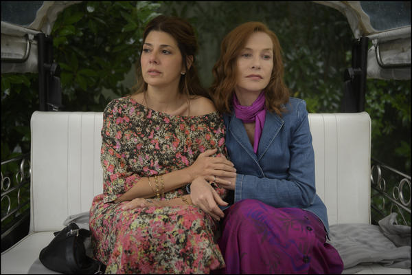 <em>Frankie,</em> starring Marisa Tomei (left) and Isabelle Huppert (right), follows a family reunion of three generations in Portugal.
