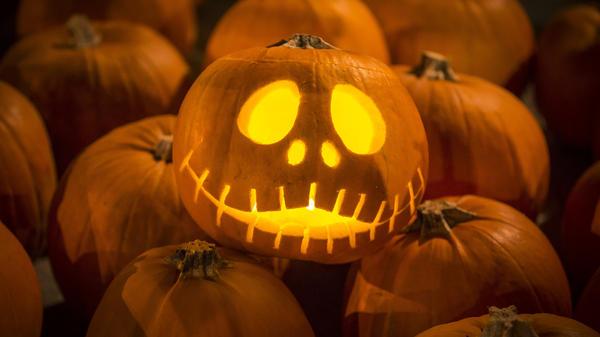 A <em>Nightmare Before Christmas</em>-themed pumpkin carving.