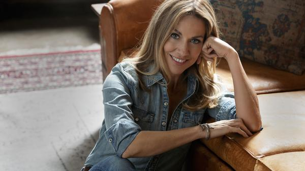 """It's almost a dying art form in that people cherry-pick songs and put them on playlists and so, I don't know that the listening audience really ever gets the sense of the full artistic statement,"" Sheryl Crow says."