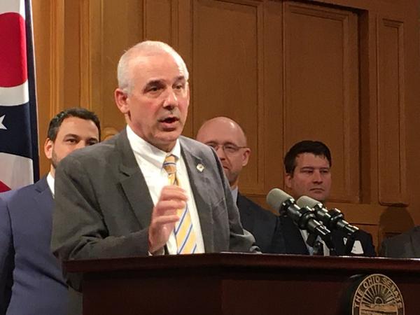 Sen. Matt Huffman explains his bill to reporters