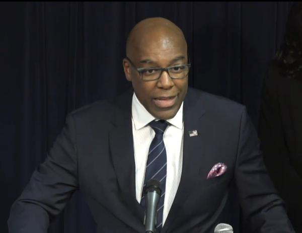 Attorney General Kwame Raoul announced Illinois' suit against e-cigarette maker JUUL Labs in Chicago on Dec. 12