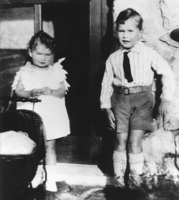 Bush is pictured with his sister in 1929.