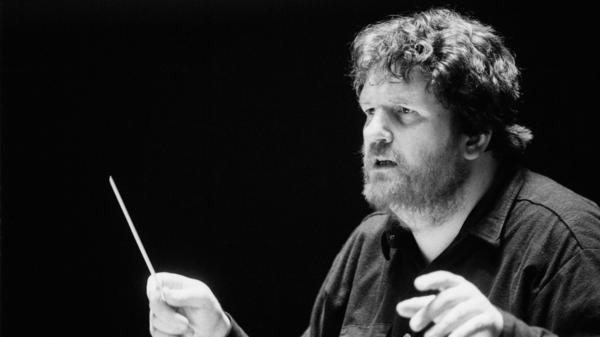 Conductor and composer Oliver Knussen, seen here in 1994, died July 8 at the age of 66.
