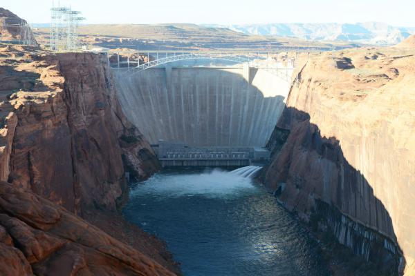The Glen Canyon Dam along the Colorado River creates Lake Powell. It helps generate around five billion kilowatt-hours of hydroelectric power annually.
