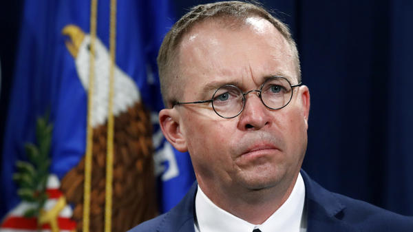 Among other things, senators asked Mick Mulvaney whether<strong> </strong>the CFPB suppressed a report, as has been alleged, that found evidence of banks charging dubious account fees to college students.