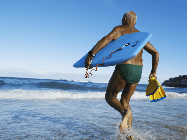The people who got caught up in the exercise boom of the 1970s and stuck with it into their senior years now have significantly healthier hearts and muscles than their sedentary counterparts.