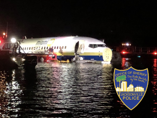 A plane arriving in Jacksonville, Fla., skidded into the St. Johns River on Friday night.