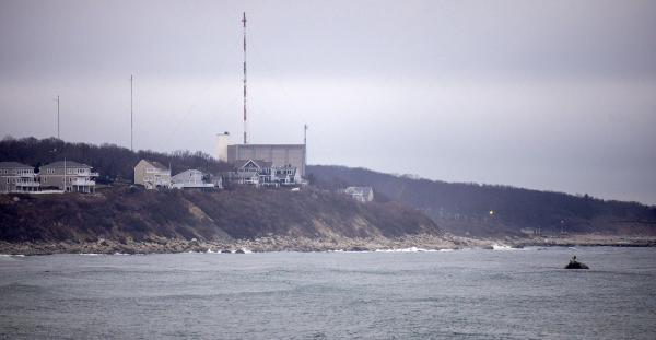 The Pilgrim Nuclear Power Station (Robin Lubbock/WBUR)