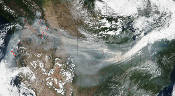 Wildfire smoke crosses the U.S. on jetstream