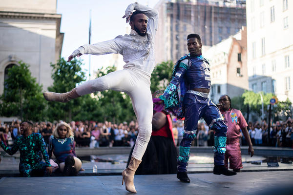 """Performers compete during the """"Battle of the Legends"""" vogueing competition outside of the Metropolitan Museum of Art on June 11, 2019 in New York City. (Johannes Eisele/AFP via Getty Images)"""