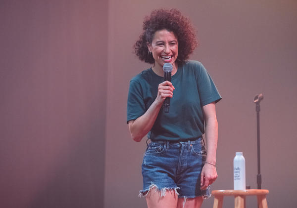 Comedian and actor Ilana Glazer strikes out solo in her new hour-long special, <em>The Planet Is Burning</em>, set to release on Amazon Prime Video in January.
