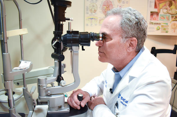 Dr. Stuart Sinoff, a neuro-ophthalmologist and medical director of Neurosciences for BayCare Health System's West Region. CREDIT: BAYCARE