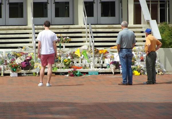 The committee charged with finding the best way to remember those killed and injured in a classroom shooting at UNC Charlotte has recommended a $1 million memorial.