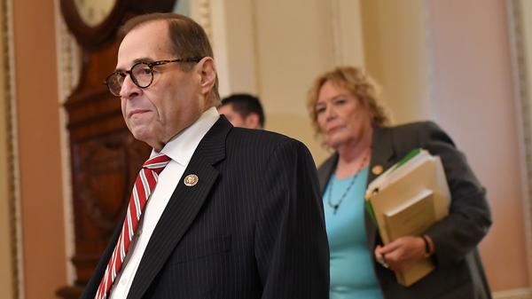 House impeachment managers Jerry Nadler, D-N.Y., and Zoe Lofgren, D-Calif., arrive for the Senate impeachment trial of President Trump on Thursday.