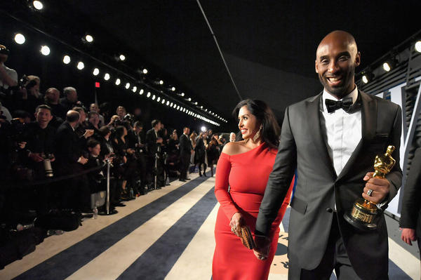 Vanessa Bryant and Kobe Bryant attend the 2018 Vanity Fair Oscar Party at the Wallis Annenberg Center for the Performing Arts on March 4, 2018 in Beverly Hills, Calif.