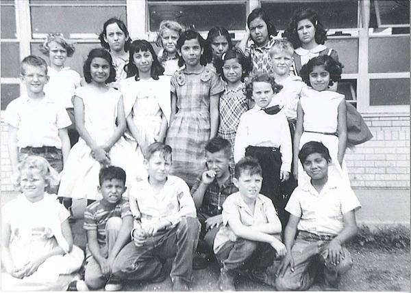 Mrs. Stephens' 3rd grade class in Driscoll, Texas. Enrique Alemán's mother is top row, 2nd from the right. The Mexican-American children look significantly older than the Anglo children.