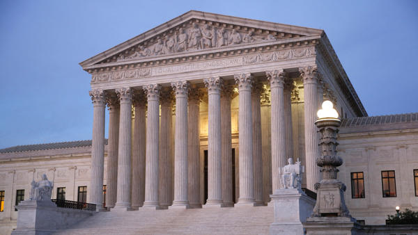 The U.S. Supreme Court justices questioned how broadly a federal law targeting immigration advice could be used.