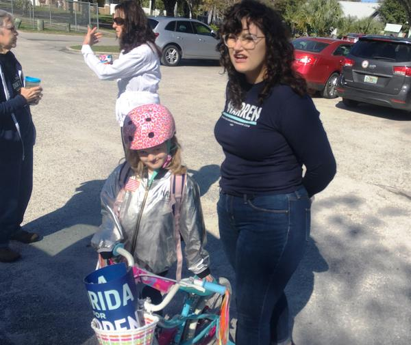 Cas Miller and her daughter, Lila, at the first Elizabeth Warren meetup in Tampa's Seminole Heights