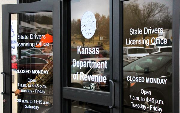 About one in 10 Kansas drivers have a suspended license. Lawmakers want to change that.