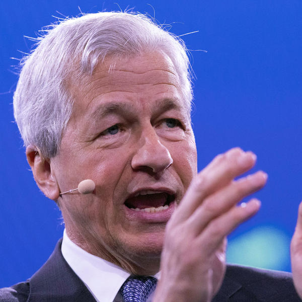 Jamie Dimon, chairman and CEO of JPMorgan Chase, speaks at the Bloomberg Global Business Forum in September.