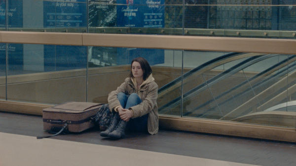 Autumn (Sidney Flanigan) embarks on a journey to New York in <em>Never Rarely Sometimes Always.</em>