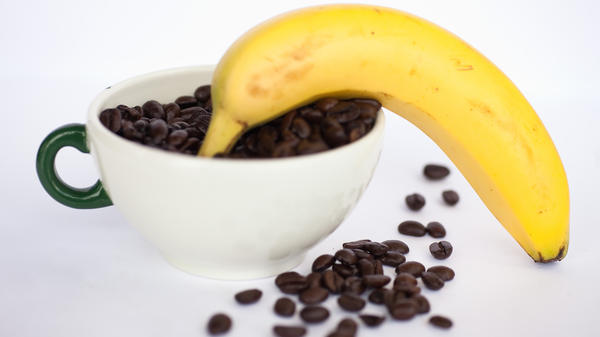 Some baristas swear that bananas can cure your coffee jitters, but the science just doesn't add up.