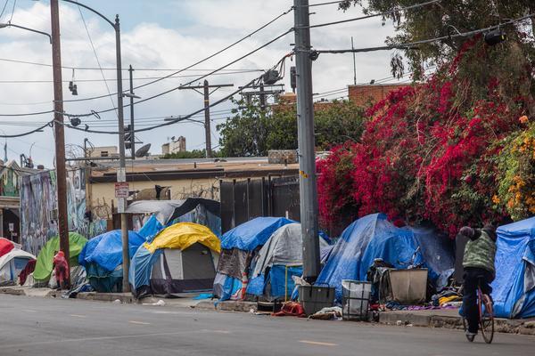 Tents on San Julian Street in downtown Los Angeles on March 19, 2020.