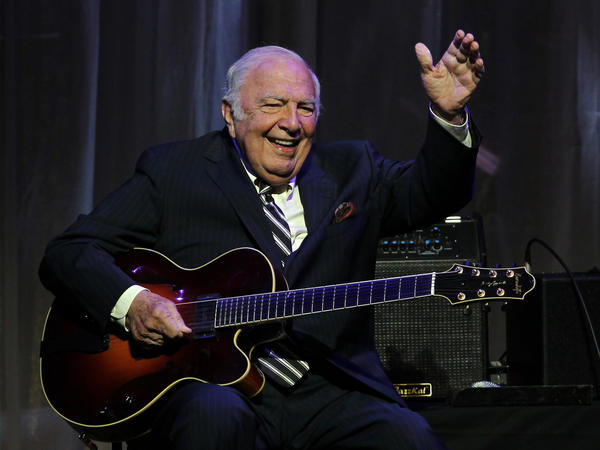 Bucky Pizzarelli performs at his induction ceremony for the New Jersey Hall of Fame in 2011.