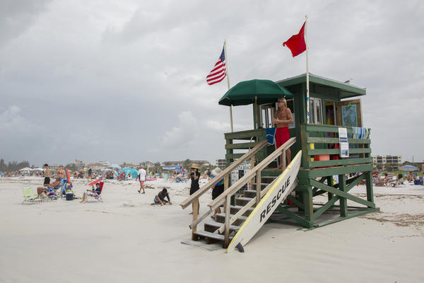 Governor Ron DeSantis gave local municipalities authority last Friday to reopen their beaches and parks for certain recreational activities.