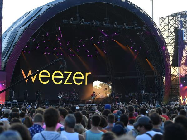 The U.S. leg of Weezer's Hella Mega tour with Green Day and Fall Out Boy has yet to be canceled due to the coronavirus, leaving fans who purchased tickets in limbo when it comes to refunds.