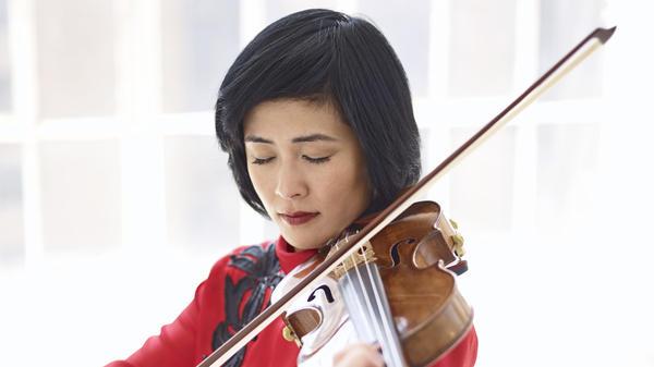 Violinist Jennifer Koh.