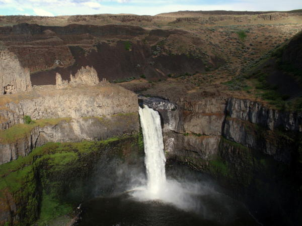 Palouse Falls State Park is home to Washington's official state waterfall -- and large crowds in the spring runoff season.