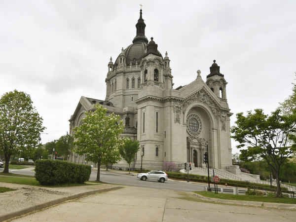 Roman Catholic and Lutheran Church-Missouri Synod congregations in Minnesota plan to resume worship services in defiance of the state's ban on gatherings of more than 10 people.