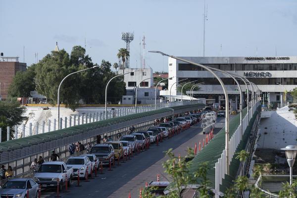 FILE PHOTO-Gateway to the Americas International Bridge in Laredo.