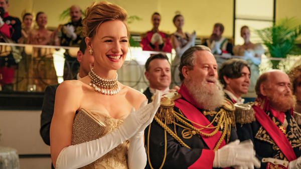 Kerry Bishé plays a woman who goes on a themed cruise for Romanov descendants in the second episode of <em>The Romanoffs.</em> The anthology series premieres Friday on Amazon Prime Video.