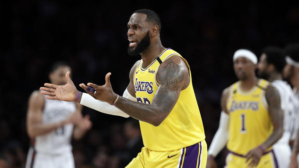 The Los Angeles Lakers and a handful of businesses are returning money they received from a federal program that was intended to help small companies hurt by the coronavirus pandemic.