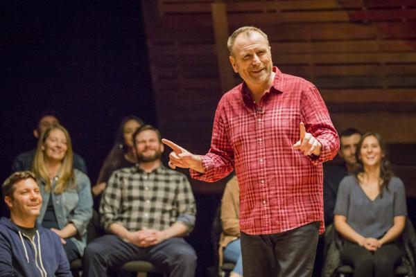 """Colin Quinn says performing on virtual platforms won't ever come close to appearing in a club full of strangers because it lacks """"the tension"""" of the live experience. He's writing a book that draws from some of the material he explored in his <em>Red State Blue State </em>special — and says he now has no excuse not to finish it."""