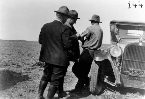 Field vaccinations in the Bitterroot Valley in western Montana in 1926.