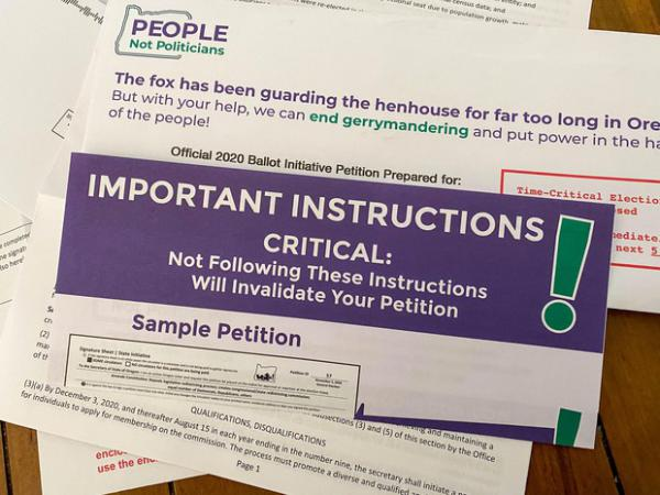 <p>This&nbsp;package was sent to a half-million Oregon households containing petitions for an initiative that would take congressional and legislative redistricting out of the hands of the Oregon Legislature.</p>
