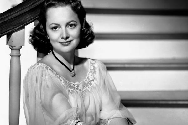 Olivia de Havilland in 1949, the same year she starred as Catherine Sloper in <em>The Heiress</em>, a role for which she won an Oscar.