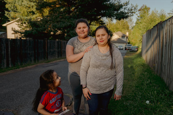 Patricia Lopez, right, with her daughter, Yamely Alfaro Lopez, 11, and son, Kevin Alfaro Lopez, 3, in Everett, Wash.