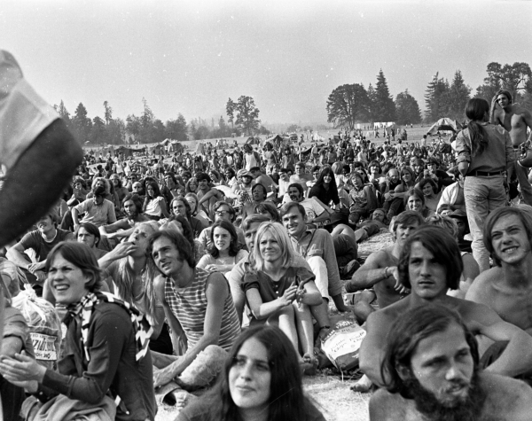 Oregon Vortex 1: A Biodegradable Festival of Life brought tens of thousands of young people together to a park in Oregon timber country in the summer of 1970.