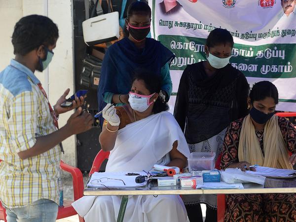 "<a href=""https://coronavirus.jhu.edu/region/india"">India</a> recorded 78,761 new coronavirus cases on Saturday, helping to push the global total past 25 million on Sunday."